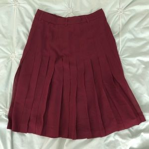 BCBG burgundy pleated skirt